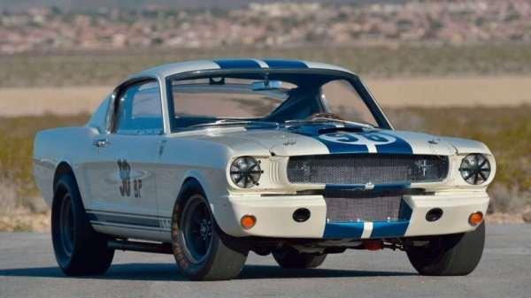 Ford Mustang Shelby GT350R 1965 года продали за рекордные $3,85 миллиона