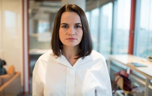 Тихановская сомневается во вторжении войск РФ в Беларусь и хочет встречи с Путиным