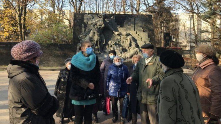 В'язні фашистських концтаборів приїхали у Луцьк