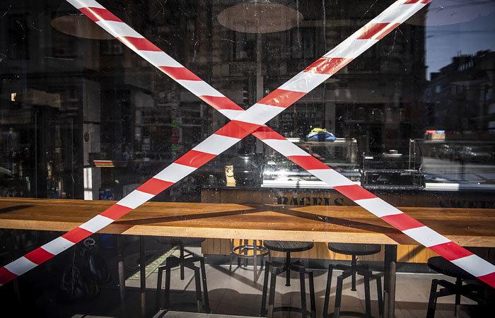 """Ресторани під забороною: Кабмін відмовився від адаптивного та ввів """"карантин вихідного дня"""""""