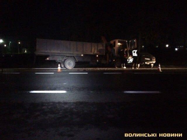 У Луцьку легковика розтрощила вантажівка