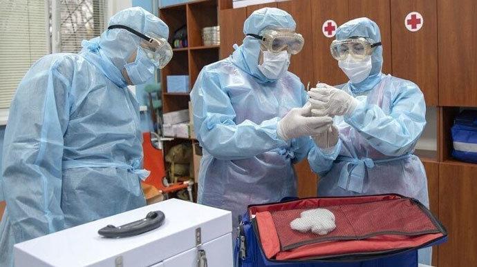 Майже 400 жителей Чернігівщини захворіли на коронавірус, з них 90 чернігівців