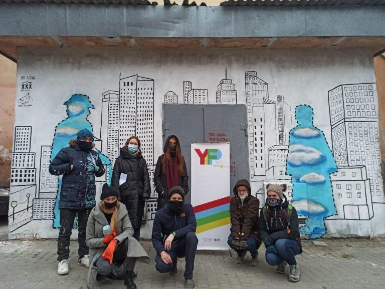 У Львові створили стріт-арт на знак протесту щодо насильства над бездомними, – ФОТО