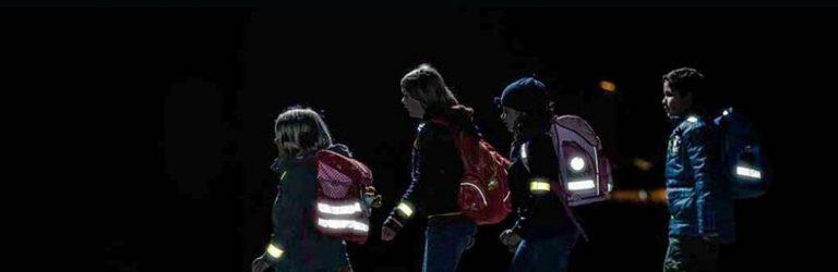 Пішоходів у Рівному зобов'яжуть носити світловідбивні елементи