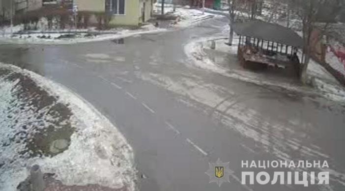 У селі на Полтавщині труп чоловіка кілька днів пролежав у квартирі