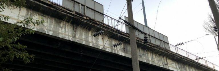 Стало известно, когда ограничат движение по Ивановскому мосту и что будет с общественным транспортом