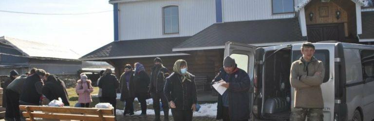 На Прикарпатті 300 сімей, які постраждали від повені, отримали допомогу від благодійників