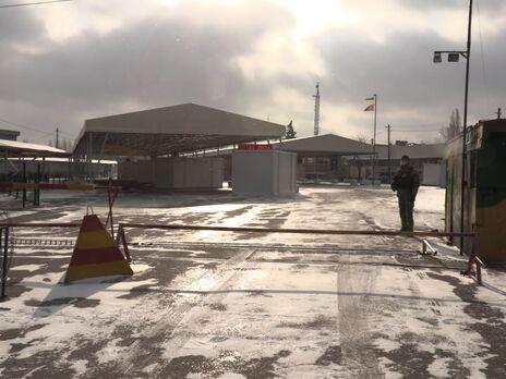 Из семи КПВВ на Донбассе работают только два, остальные блокируют боевики – пограничники
