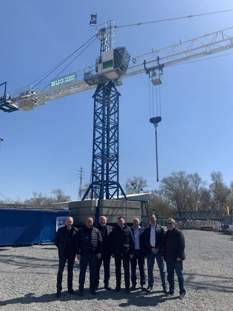 Киевгорстрой разработал первый в Украине башенный кран европейского качества