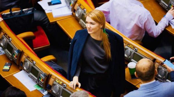 """В """"Слуге народа"""" прокомментировали решение суда касаемо победы Вирастюка"""