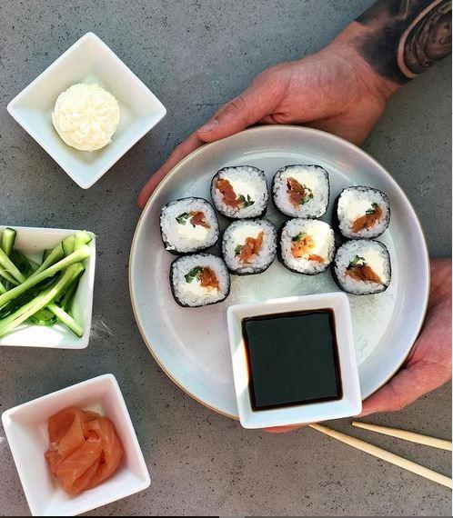 Быстрая доставка суши в Днепре