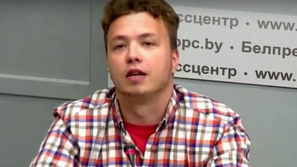 МИД Беларуси организовал брифинг с участием Протасевича: иностранные СМИ его покинули. Видео