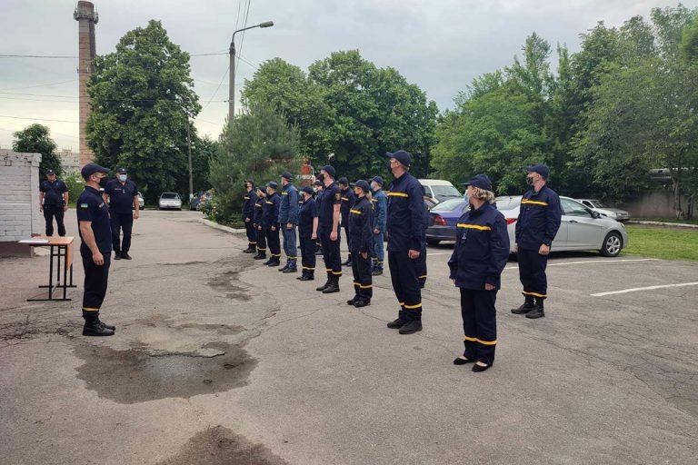 У навчальному пункті відбувся випуск рятувальників –  Новини міста Дніпро та Дніпропетровської області